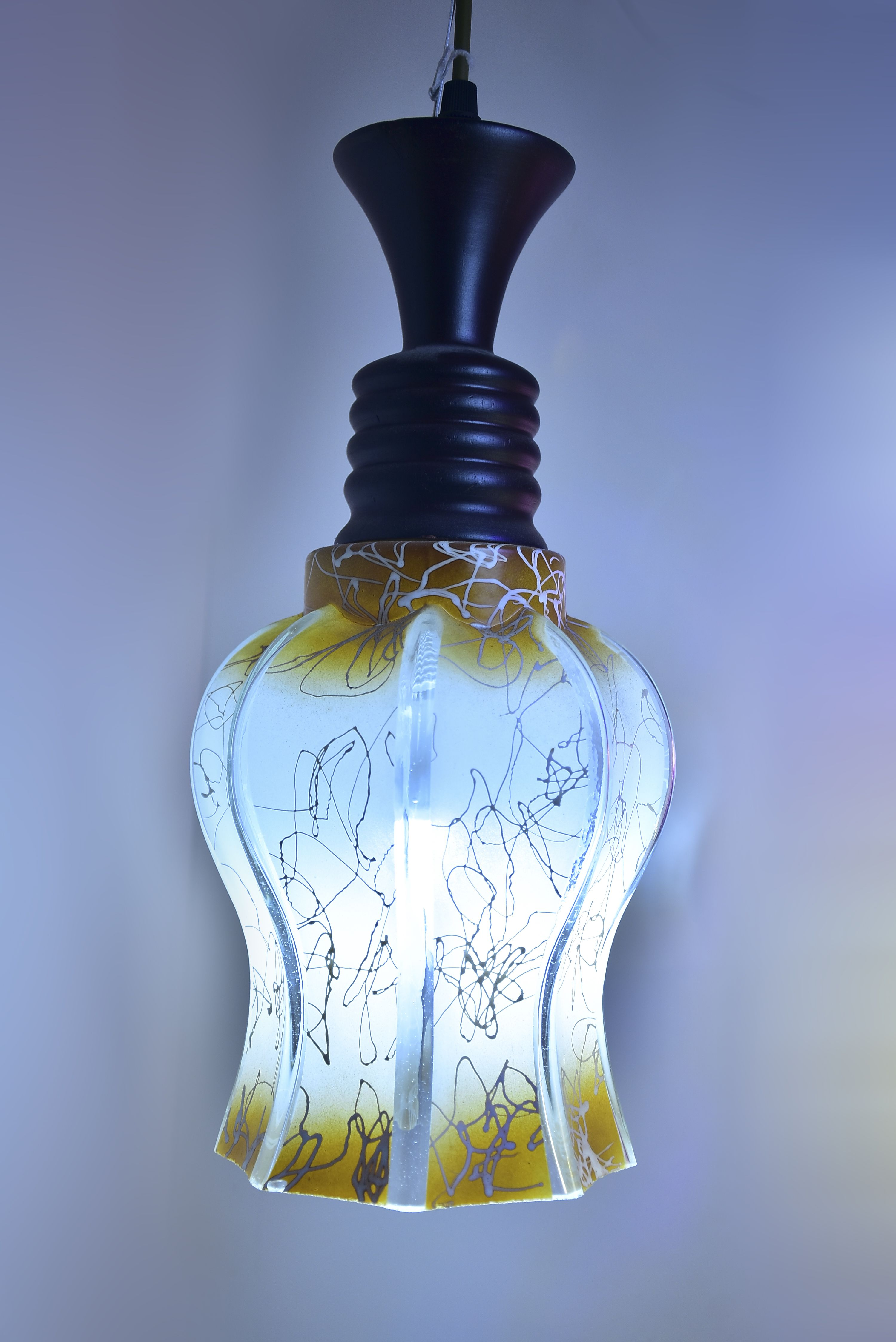 Brown-Flower-metal-Hanging-light