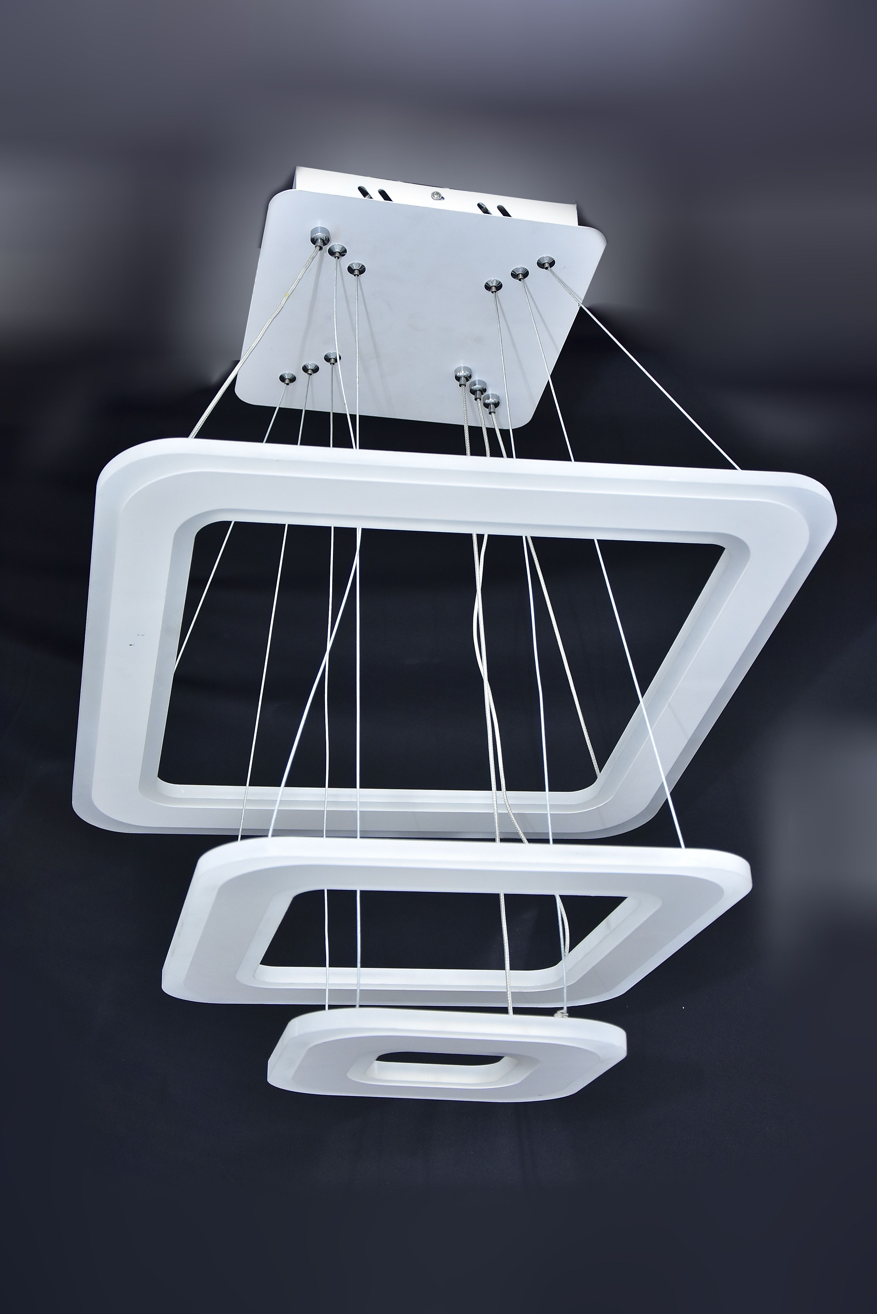 Stepped-LED-Hanging