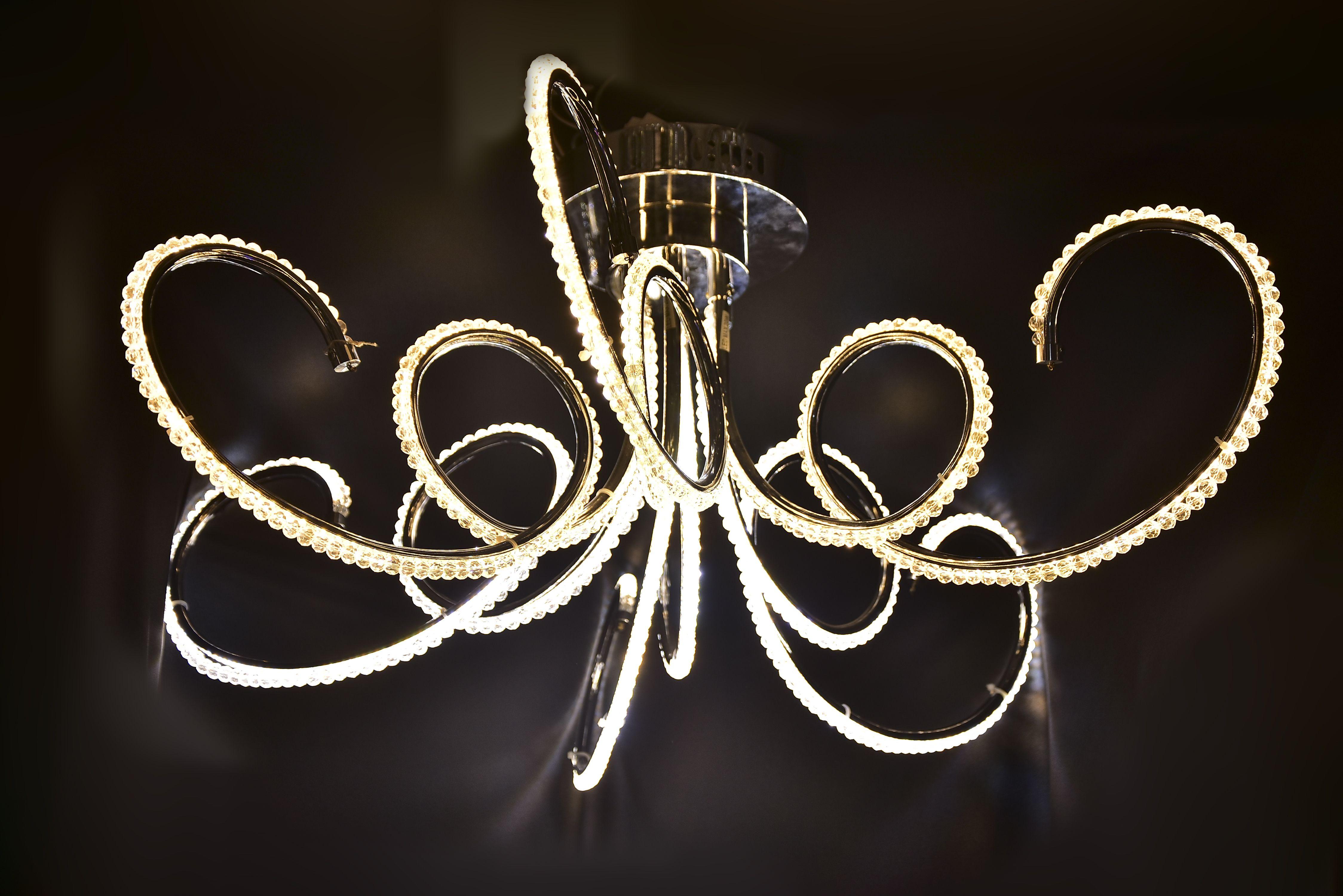 Octopus-Ceiling-Chandelier