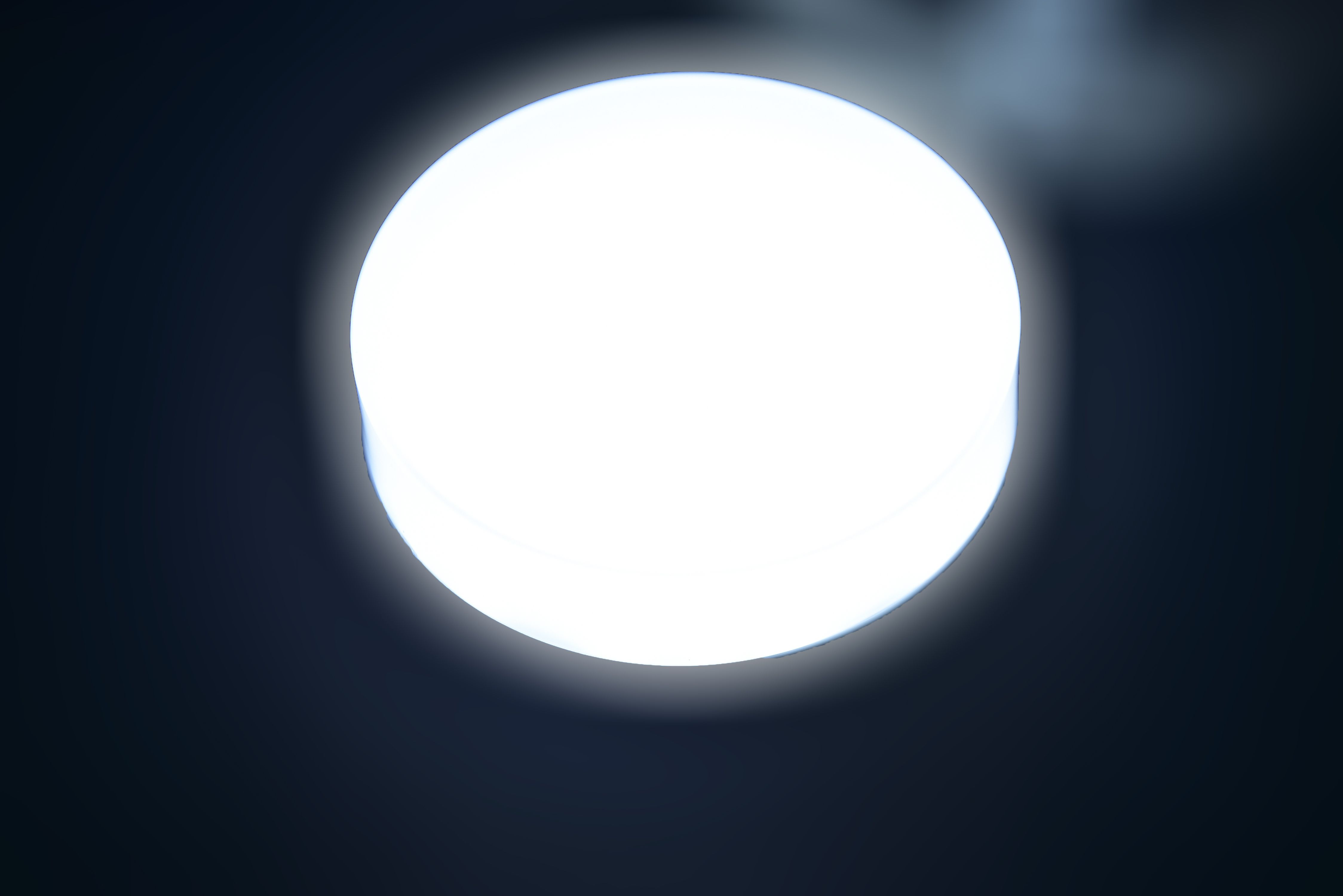 Circle-Panel-light